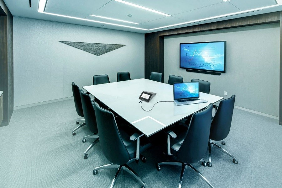 What Is the Best Display Option for Video Conferencing?